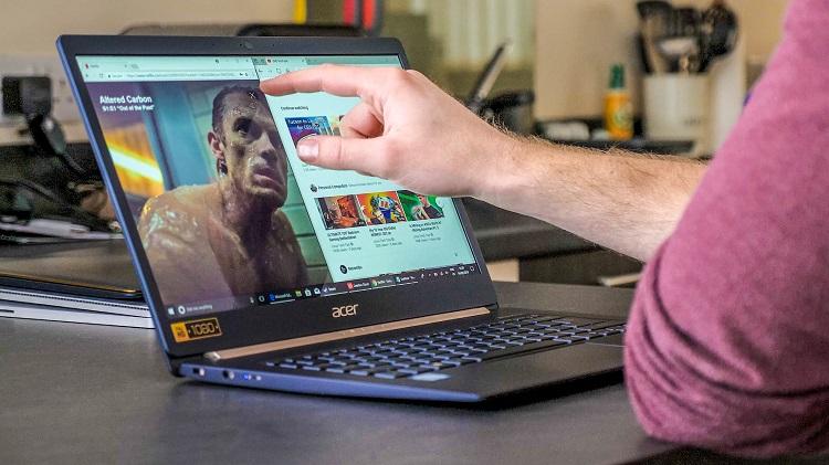 purchasing a laptop